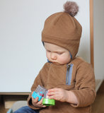 Ikatee - Hugo sweatshirt + hat 1m -4y €16 p/s_