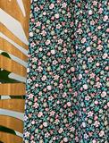Atelier Jupe - Small flower garden COTTON-STRETCH €26,5 p/m_