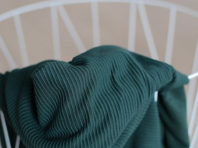 meetMilk - SELF-STRIPE OTTOMAN KNIT - Deep green met LENZING™ ECOVERO™ vezels €25,90 p/m
