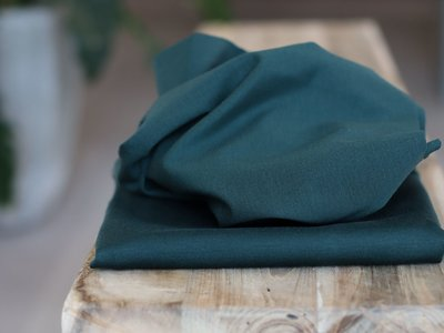 meetMilk - PLAIN PONTE KNIT - Deep Green met LENZING™ TENCEL™ vezels €28,30 p/m