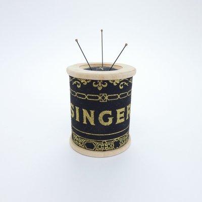 Foxglove & Field Pin Cushion Magnet&Weight - Elizabeth €22,95 per stuk