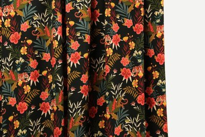 Atelier Jupe - Colourful jungle print viscose €25 p/m