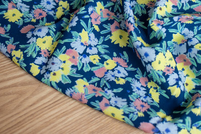 COUPON 55cm Lise Tailor - Blue Garden VISCOSE TWILL €23 p/m