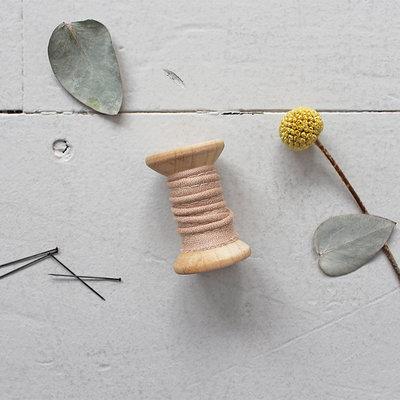 Atelier Brunette - Crepe Maple paspelband 2mm