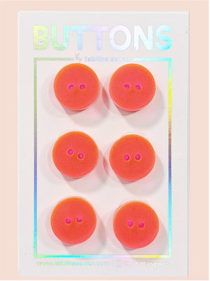 Tabitha Sewer - Neon pink/Orange Two Tone Classic buttons 15mm €9 p/set