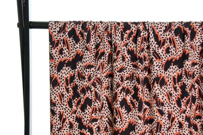 Atelier Jupe - Viscose met grafische print € 24,50 p/m
