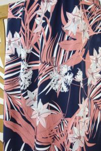 Atelier Jupe - Blue pink tropical VISCOSE € 24,50 p/m