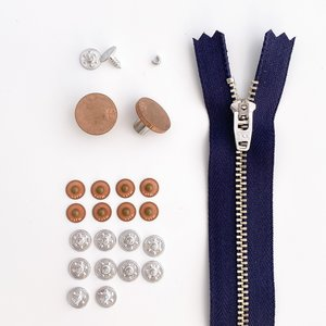 KYLIE & THE MACHINE - REFILL JEANS KIT COPPER/NAVY 15 CM €12,90