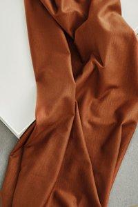 meetMilk - Stretch Jersey - Pecan met TENCEL™ Lyocell vezels €21,50 p/m