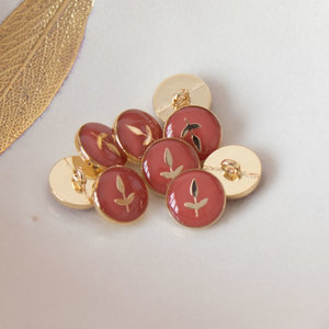 Lise Tailor -  Leaf Button 12mm - Terracotta